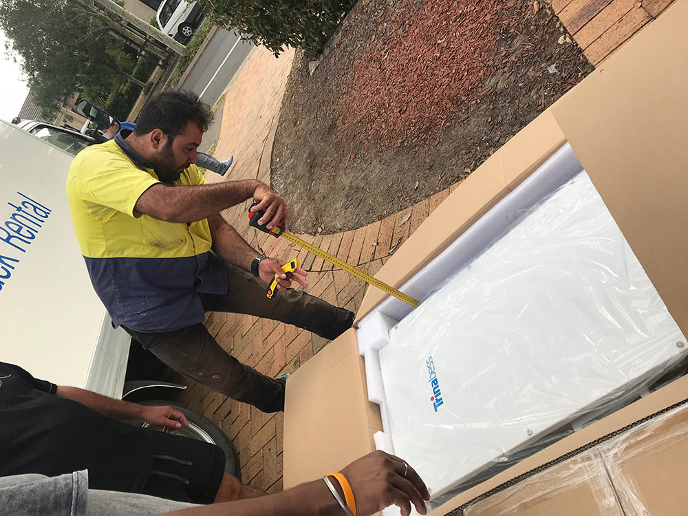 Unboxing of the first Trinabess battery for NSW!